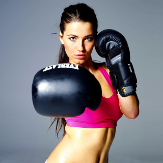 Female Boxer sfondi gratuiti per iPad mini