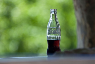 Coca-Cola Bottle Picture for Android, iPhone and iPad