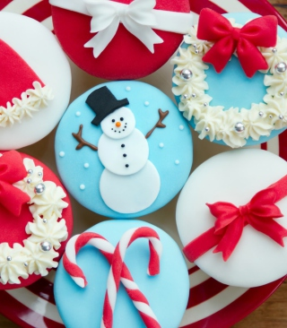 Christmas Cupcakes Wallpaper for HTC Titan