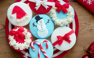 Christmas Cupcakes sfondi gratuiti per cellulari Android, iPhone, iPad e desktop