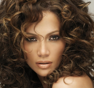 Jennifer Lopez With Curly Hair Wallpaper for iPad mini