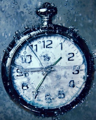 Free Frozen Time Clock Picture for HTC Titan