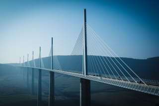 Viaduc De Millau France Bridge sfondi gratuiti per cellulari Android, iPhone, iPad e desktop