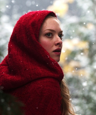 Free Amanda Seyfried In Red Riding Hood Picture for HTC Titan