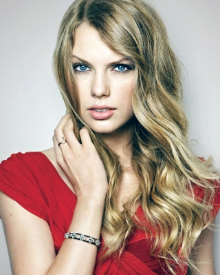 Free Taylor Swift Posh Portrait Picture for HTC Titan