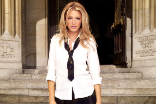 Free Blake Lively Picture for Android, iPhone and iPad