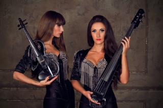 Violinist Girl Picture for Android, iPhone and iPad