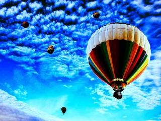 Balloons In Sky para Nokia Asha 201