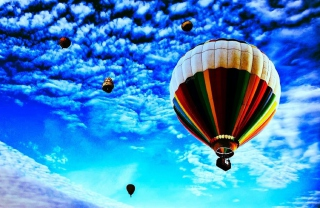 Balloons In Sky sfondi gratuiti per cellulari Android, iPhone, iPad e desktop