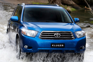 Toyota Kluger Wallpaper for Android, iPhone and iPad