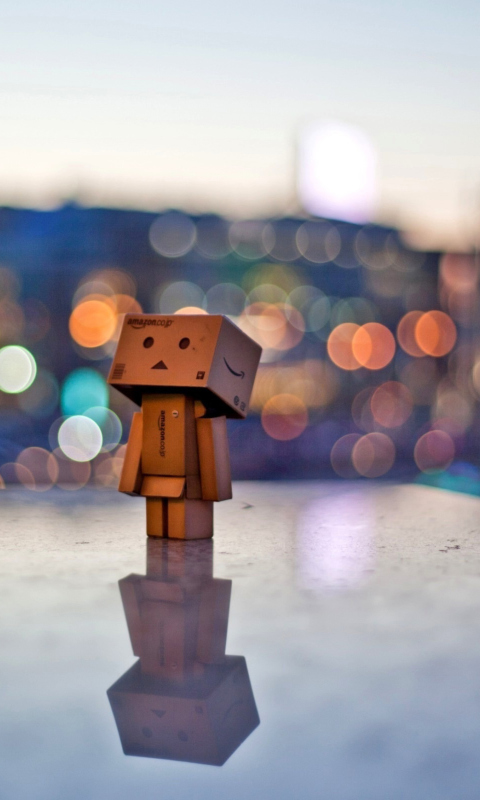 Sfondi Danbo In The City 480x800