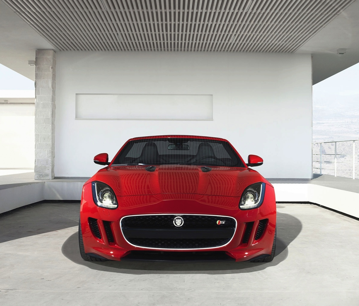 Sfondi Jaguar F Type in Parking 1200x1024