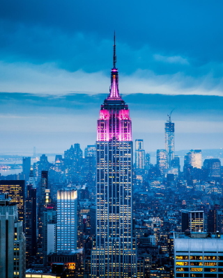 Empire State Building in New York Wallpaper for Nokia Asha 306