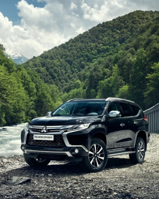 Mitsubishi Pajero Sport Wallpaper for Nokia Asha 306