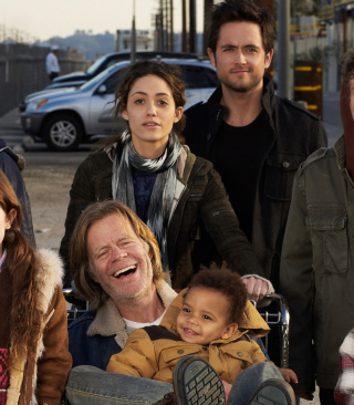 Free Shameless US Picture for 640x1136