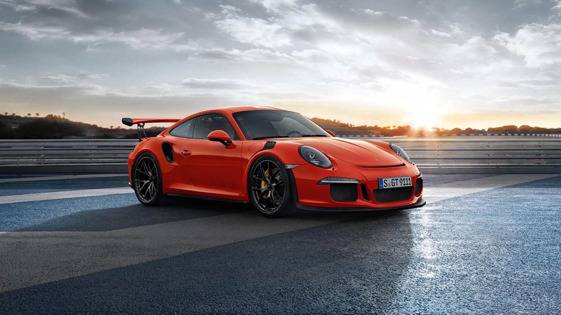 красная Porsche загрузить