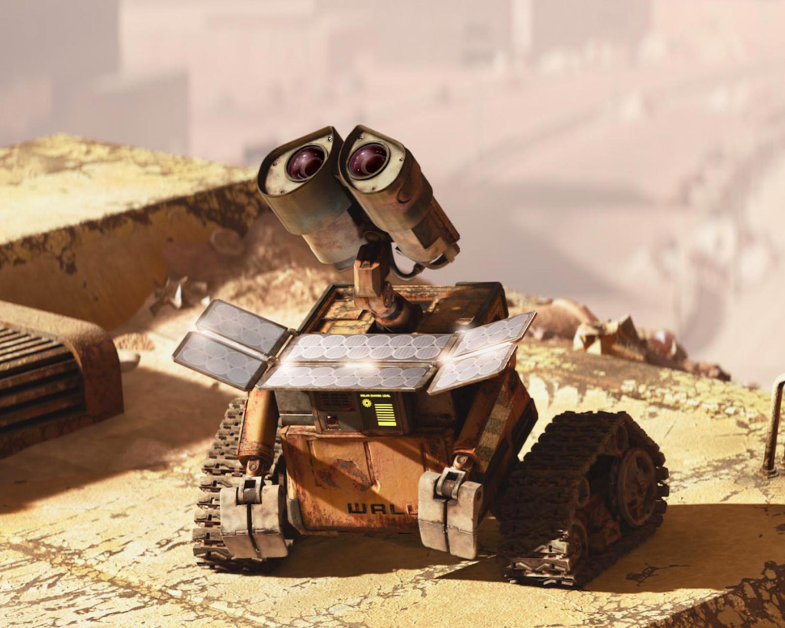видео про робота валли большие