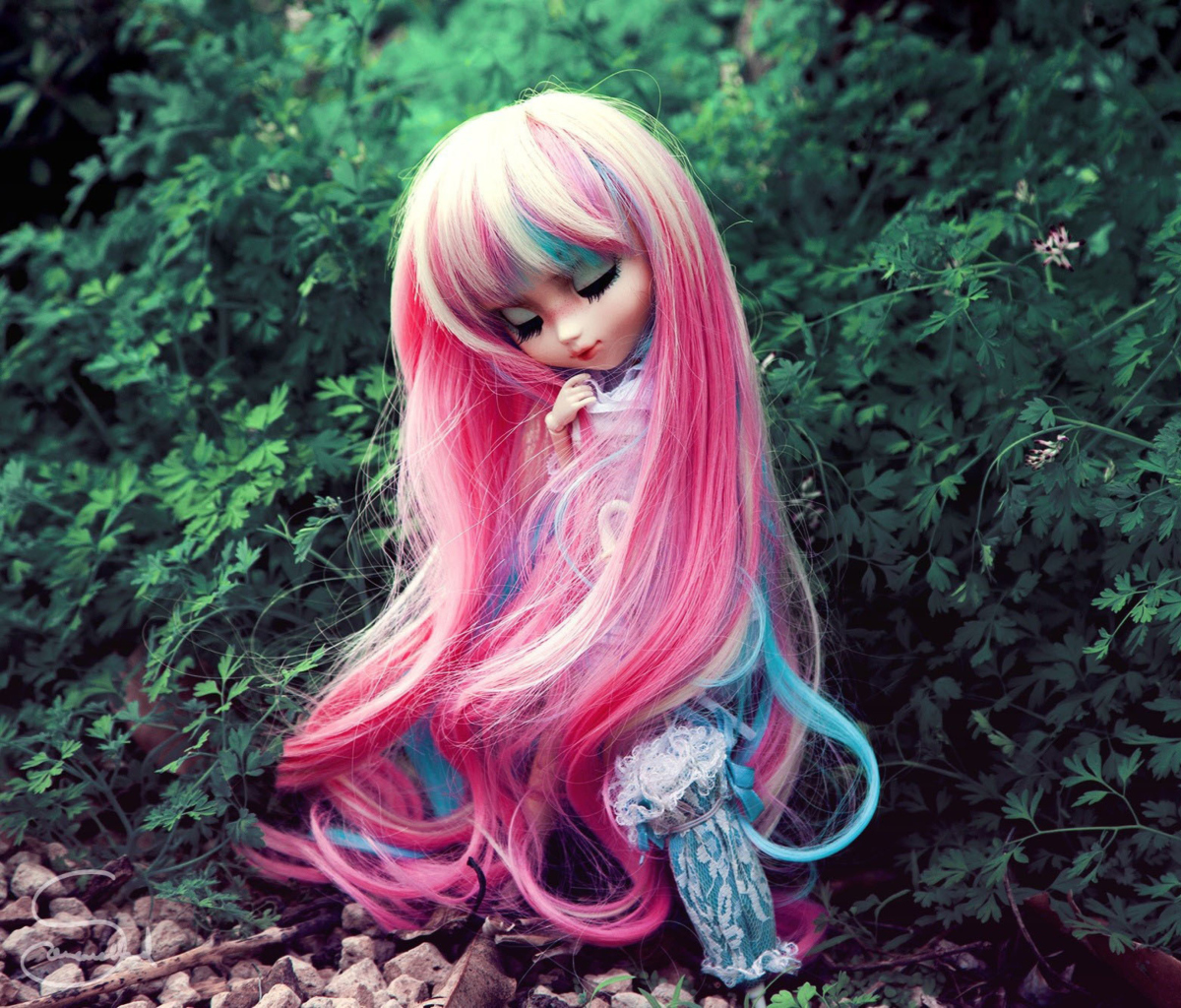 Screenshot №1 pro téma Doll With Pink Hair 1200x1024