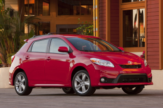 Red Toyota Matrix Picture for Android, iPhone and iPad