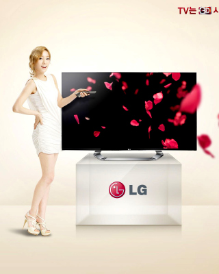 Free LG Smart TV Picture for Nokia C1-01