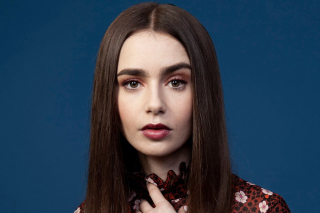 Free Lily Collins Picture for Samsung Google Nexus S