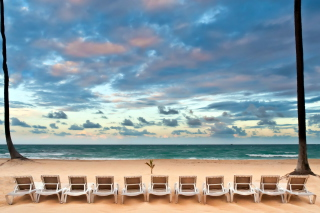 Beach Beds Background for 480x320