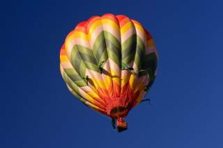 Big Colorful Air Balloon Background for Android, iPhone and iPad