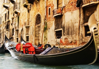 Venice Gondola, Italy Picture for Android, iPhone and iPad