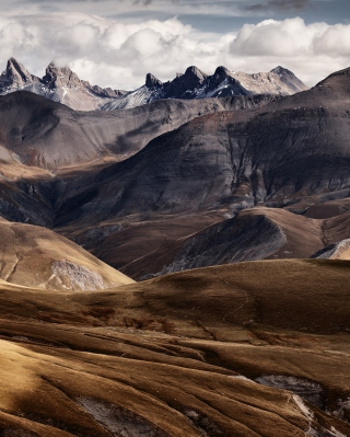 French Mountains sfondi gratuiti per HTC Titan