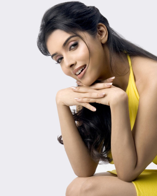 Asin Thottumkal Filmfare Awards Background for 240x320