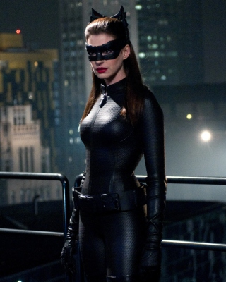 Anne Hathaway Catwoman Dark Knight Rises sfondi gratuiti per iPhone 6 Plus