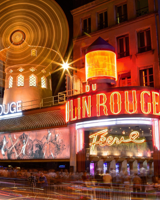 Moulin Rouge cabaret in Paris Wallpaper for HTC Titan