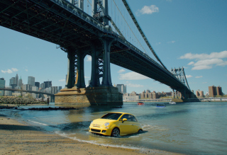 Yellow Fiat 500 Under Bridge In New York City - Obrázkek zdarma pro Nokia X5-01
