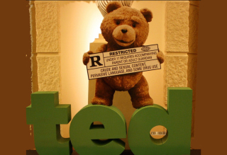 Free Ted Picture for 320x240