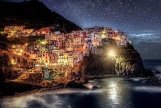 Night Italy Coast Wallpaper for Samsung I9080 Galaxy Grand