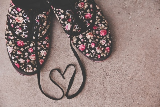 Love Shoes Background for Android, iPhone and iPad