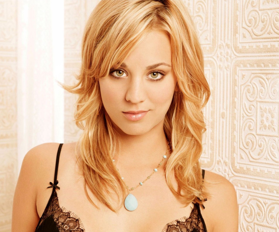 Screenshot №1 pro téma Kaley Cuoco from The Big Bang Theory 960x800