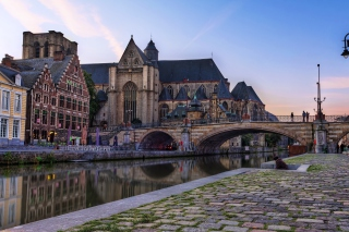 Free Brussels River Zenne Picture for Android, iPhone and iPad