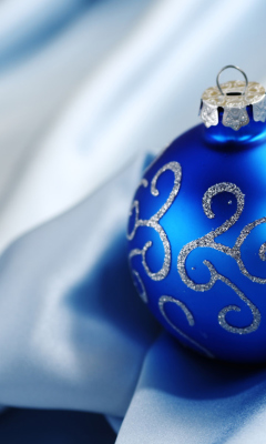 Christmas Decorations wallpaper 240x400