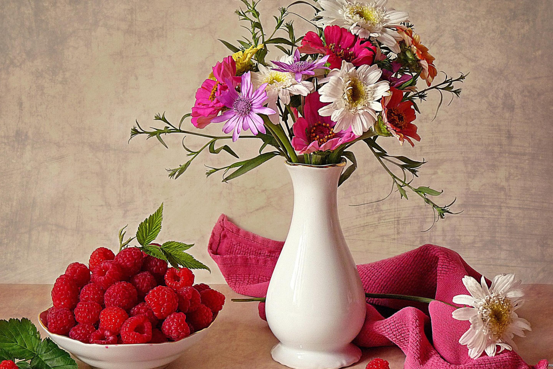 Цветки в вазах загрузить