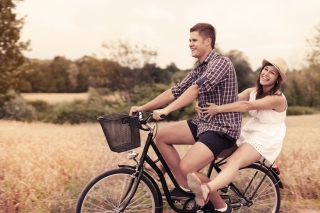 Free Couple On Bicycle Picture for Android, iPhone and iPad