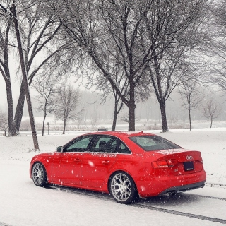 Audi A4 Red sfondi gratuiti per iPad mini