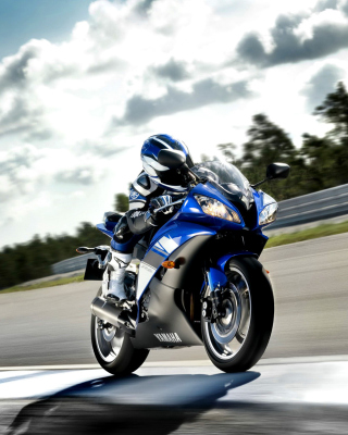 Yamaha R6 Superbike Wallpaper for Nokia C1-02