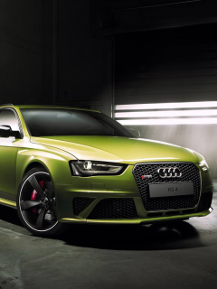Audi RS4 Avant 2015 screenshot #1 240x320