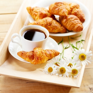 Breakfast with Croissants papel de parede para celular para 1024x1024