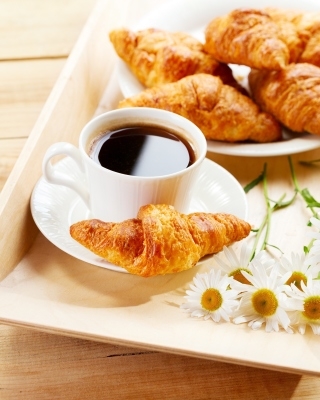 Kostenloses Breakfast with Croissants Wallpaper für 240x432