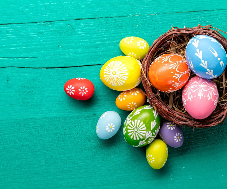 Dyed easter eggs wallpaper 960x800