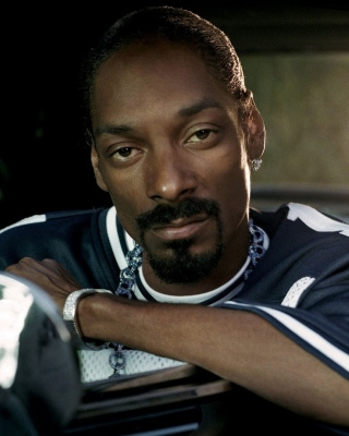 Snoop Dogg Background for Nokia Asha 311