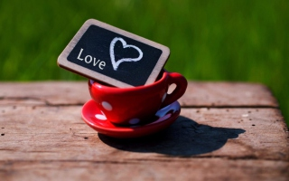 Free Mug with Heart Picture for 800x480