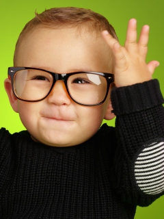Screenshot №1 pro téma Happy Baby Boy In Fashion Glasses 240x320
